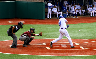 Duke used the long ball to its advantage Sunday as its secured its ninth straight victory and completed its sweep of Wake Forest.