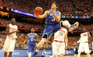 Freshman reserve Grayson Allen overcame a knee injury to contribute again in Duke's 80-72 win at Syracuse Saturday night.