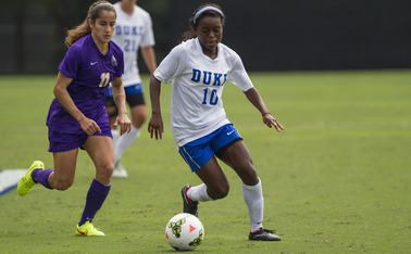 Sophomore forward Toni Payne—who leads the Blue Devils in assists and is tied for the team lead in goals with four—will look to find the back of the net against Louisville Friday.