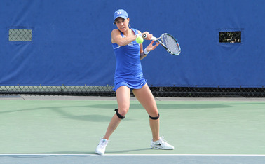 Fifth-ranked Beatrice Capra fell in her singles match against Clemson as the Blue Devils saw their 13-match winning streak come to an abrupt halt.