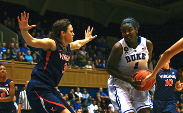 Elizabeth Williams controlled the inside, scoring 13 points and adding seven rebounds and six blocks as the Blue Devils topped Virginia.