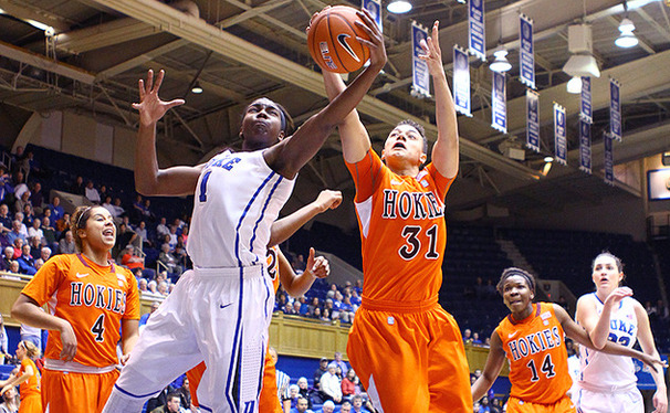 Sophomore Elizabeth Williams notched her fourth 20-point game of the season, keeping Duke undefeated.