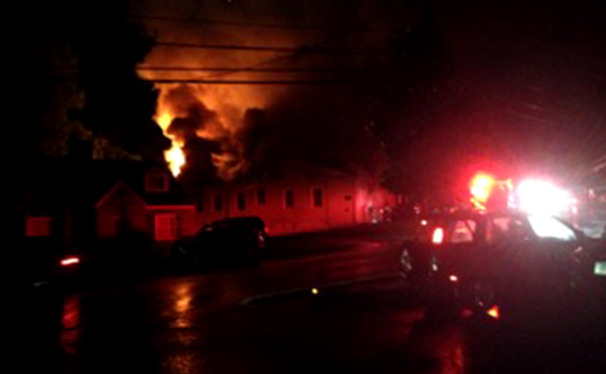 A fire broke out at 2509 Chapel Hill Road Wednesday night, displacing some Duke students.