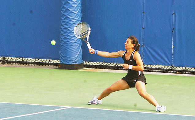 Hanna Mar won the decisive match in a third-set tiebreak to clinch Duke's victory against Virginia.