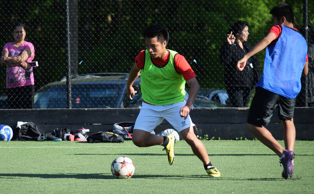 Spearheaded by the efforts of six Duke football players, the Soccer Sin Fronteras program provides a place for members of Durham's Latino and Latina community to play after school.
